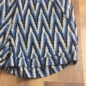 Valerie Bertinelli Shorts - Linen Blend ☀️ sz 8 Chevron Beach Boho shorts